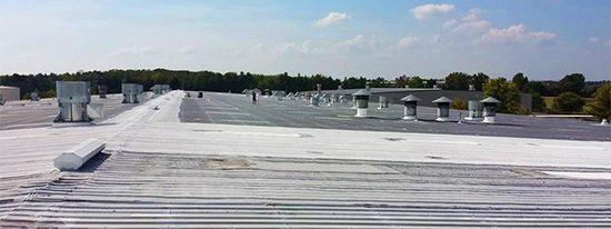 R-Panel-Metal-Roofing-1-Nashville-TN-L&L-Contractors